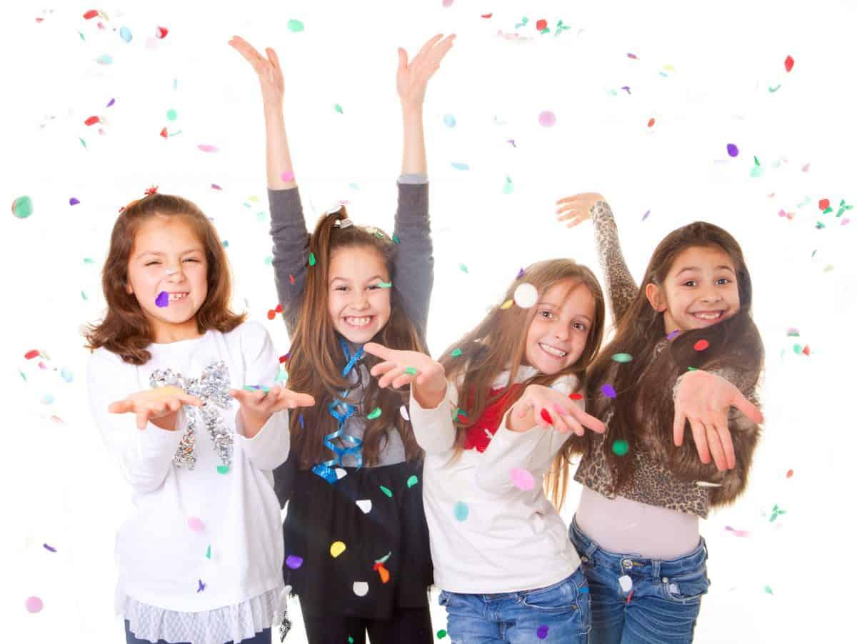 Children's party entertainment leeds