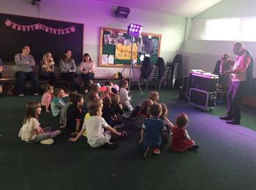 Leeds Children's entertainer – Mark's Magic Kingdom